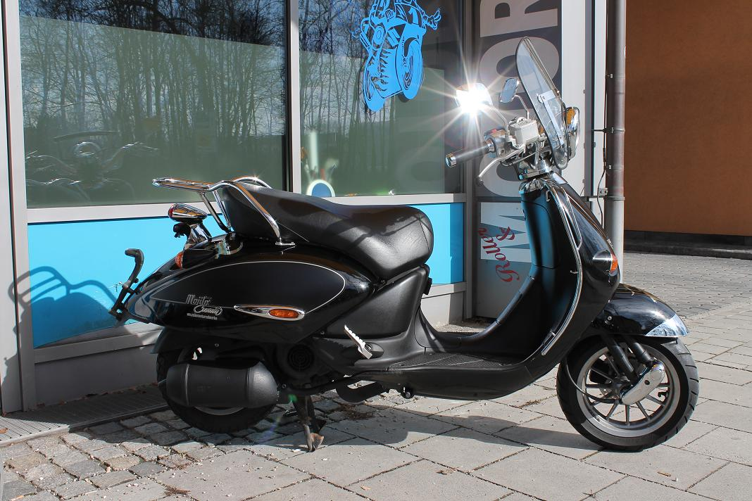 aprilia mojito 125 in schwarz mit windschild. Black Bedroom Furniture Sets. Home Design Ideas